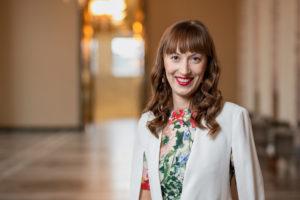Eveliina Heinäluoma, pressikuva eduskunnasta